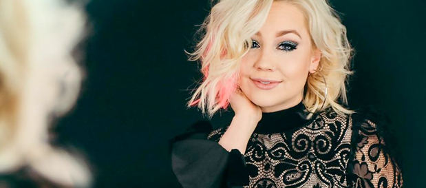 "RaeLynn Premieres ""Lonely Call"" (Official Music Video)"