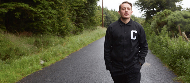 """Dermot Kennedy Premieres """"Moments Passed"""" (Official Music Video)"""